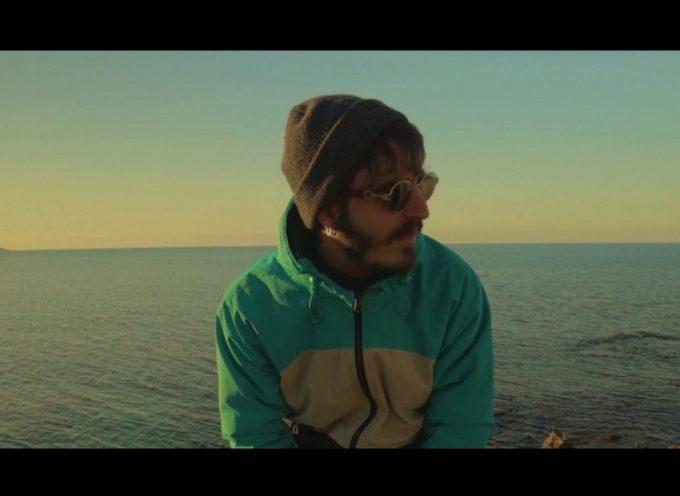 """Enneo2 sperimenta col Rap lo-fi e pubblica il suo nuovo video """"Tra origami e ritagli"""""""