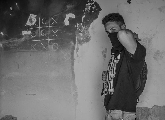 """""""Sniper Man"""" è il nuovo EP in free download del rapper The Sniper aka Ticsnip, già membro fondatore della Only Smoke Crew"""