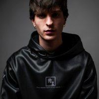 """È online il video di """"BLOCCHI"""", il nuovo brano di LINER, il giovane artista indipendente da oltre 10 milioni di stream"""