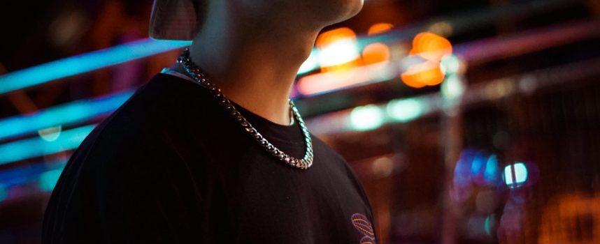 """""""G"""": atmosfere cupe dominano il nuovo singolo di Orli, un viaggio dove la luce non arriva"""
